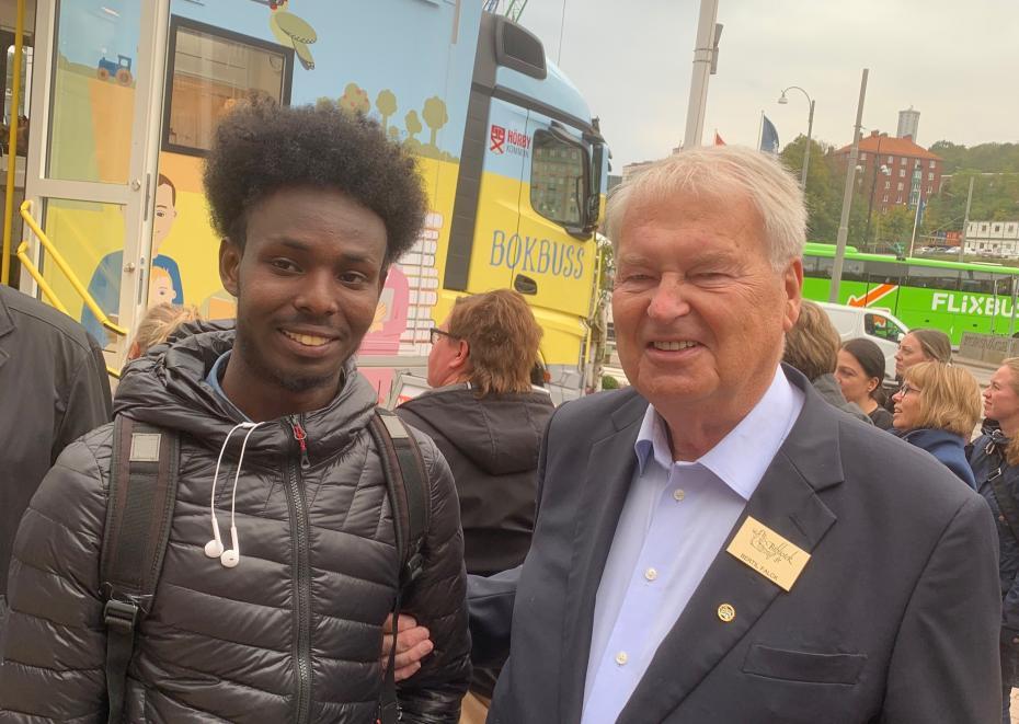Abdi Ilmi träffade grundaren till Bok & Bibliotek Bertil Falck.