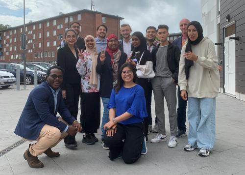 Elever från Angeredsgymnasiet i samarbete med internationella mastersstudenter har studerat förbättringspotential i Tynnered under åtta sommarveckor.